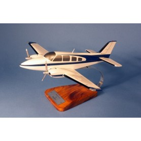 maquette avion - Beech 58 Baron