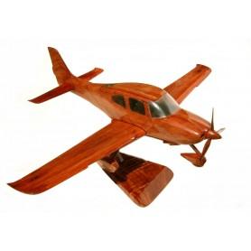 деревянная модель самолета - Cirrus SR22