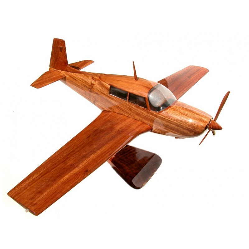 Revell 1:48 Mooney Super 21 Four Seater Light Aircraft Vintage kit from 1982 MIB