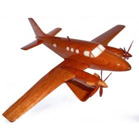 деревянная модель самолета - Beechcraft C90 King AIr