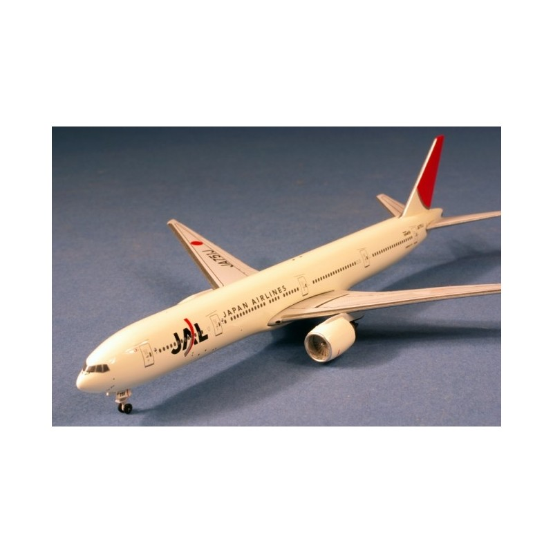 JAL Boeing 777-300 JA751J NC
