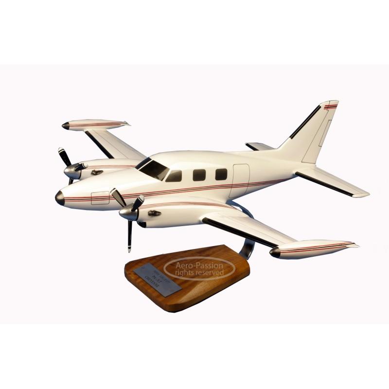 plane model - Piper PA-31T Cheyenne II