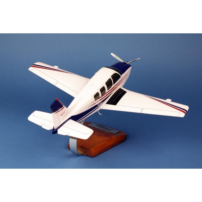 modelo de avião - Beech A-36 Bonanza