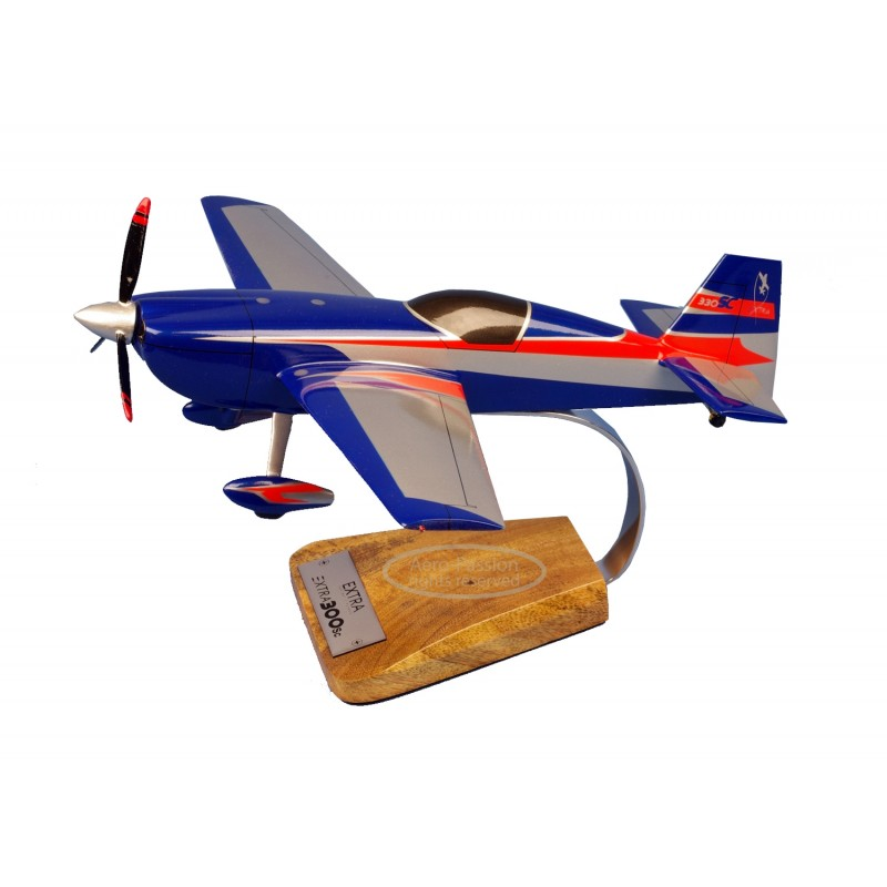 modelo de avião - Extra 300 modelo de avião - Extra 300modelo de avião - Extra 300