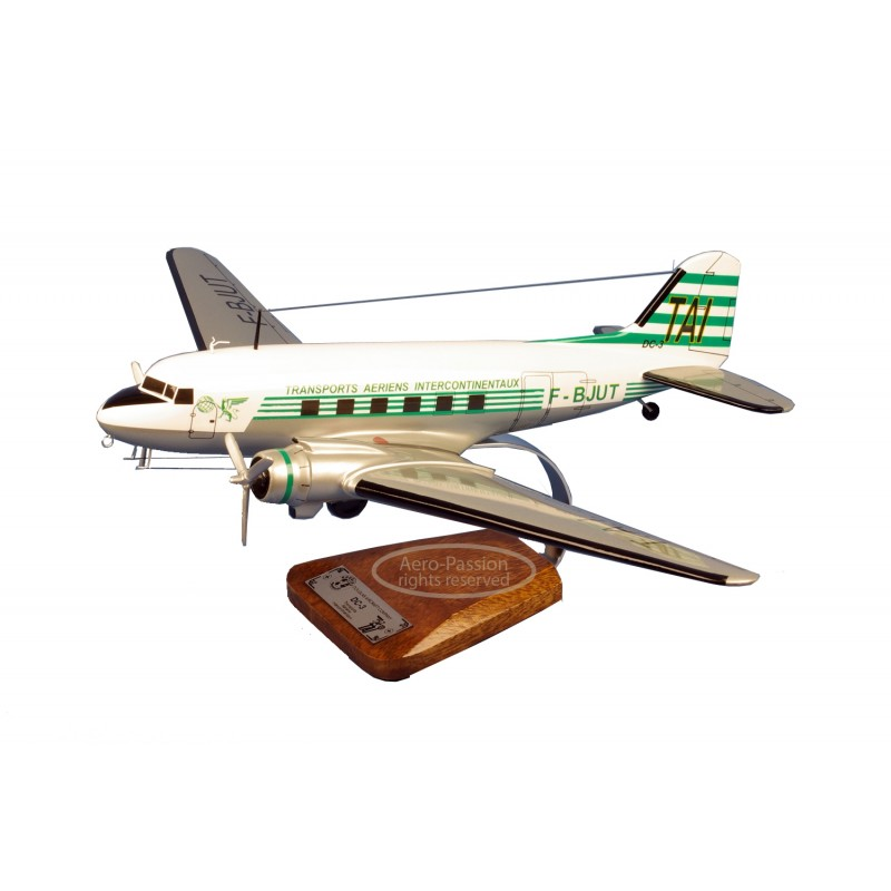 plane model - Douglas DC-3 plane model - Douglas DC-3plane model - Douglas DC-3