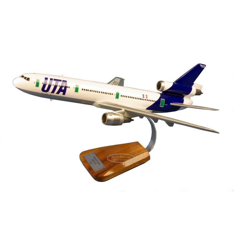 plane model - Douglas DC-10-30 plane model - Douglas DC-10-30plane model - Douglas DC-10-30