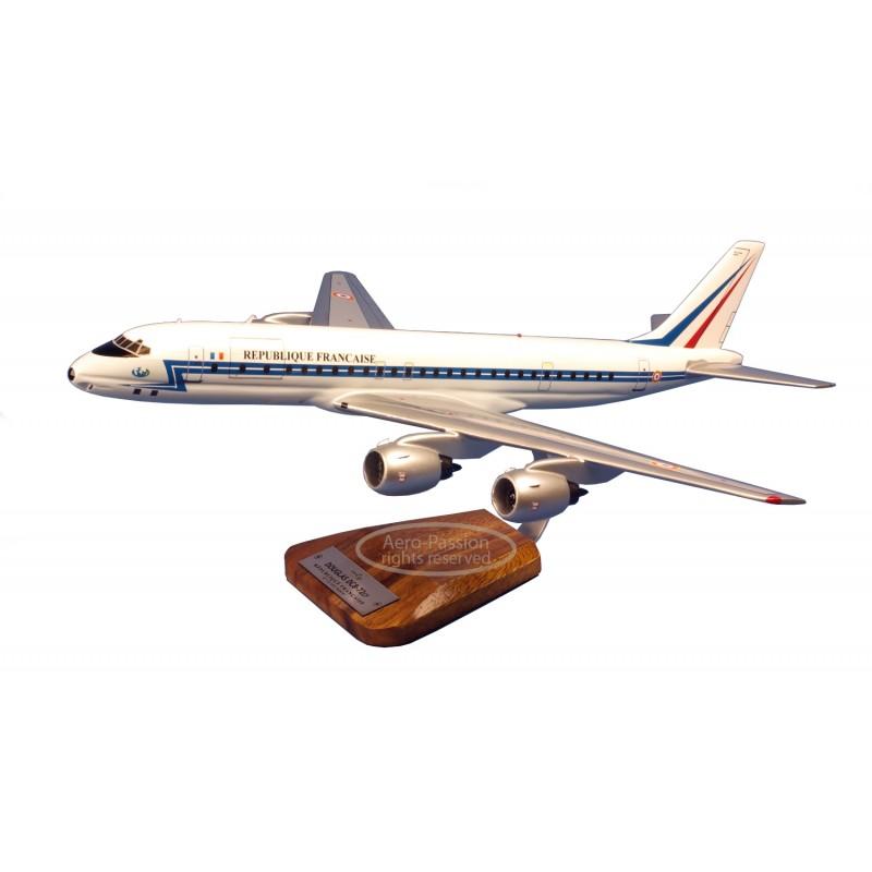 modelo de avião - Douglas Dc-8 - 72 - Esterel modelo de avião - Douglas Dc-8 - 72 - Esterelmodelo de avião - Douglas Dc-8 - 72 -