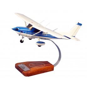 modelo de avião - Cessna 150/152 Aerobat N/C