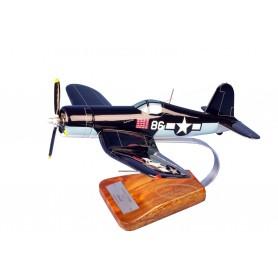 Flugzeugmodell - Corsair F4-U 'Papy Boyington' Flugzeugmodell - Corsair F4-U 'Papy Boyington'Flugzeugmodell - Corsair F4-U 'Papy