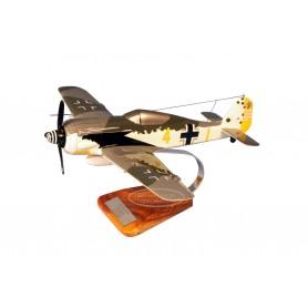 Flugzeugmodell - Focke Wulf FW.190A S.Schnell 9./JG2 Flugzeugmodell - Focke Wulf FW.190A S.Schnell 9./JG2Flugzeugmodell - Focke