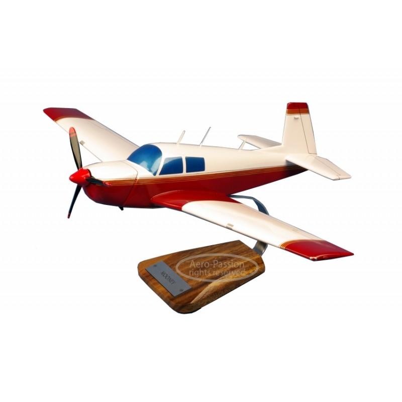 plane model - Mooney plane model - Mooneyplane model - Mooney