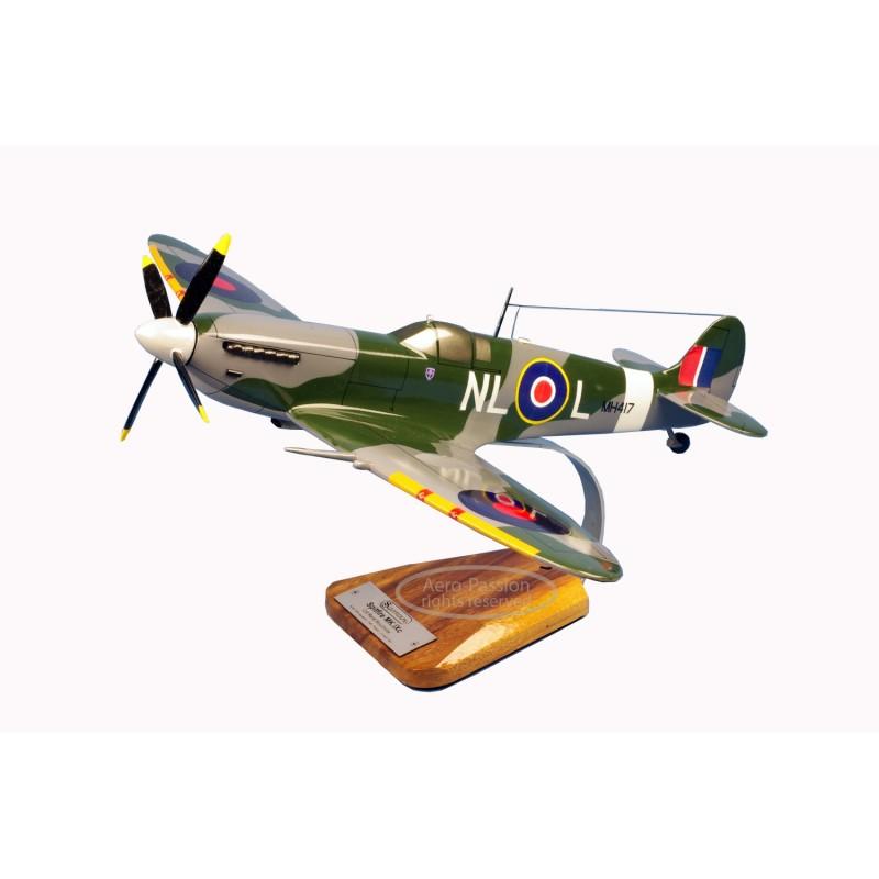 modelo de avião - Spitfire MK.IX modelo de avião - Spitfire MK.IXmodelo de avião - Spitfire MK.IX
