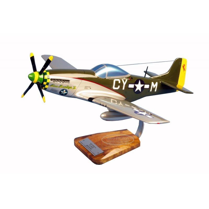 maquette avion - P-51C Mustang - Robert E.Welsh maquette avion - P-51C Mustang - Robert E.Welshmaquette avion - P-51C Mustang -