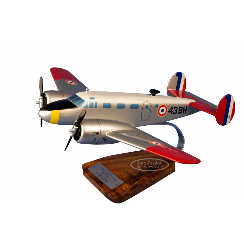 plane model - Beech 18 Expeditor plane model - Beech 18 Expeditorplane model - Beech 18 Expeditor