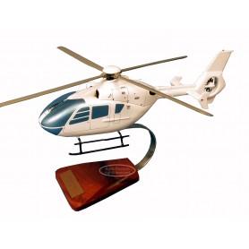 Hubschraubermodell - EC-135 Hubschraubermodell - EC-135Hubschraubermodell - EC-135