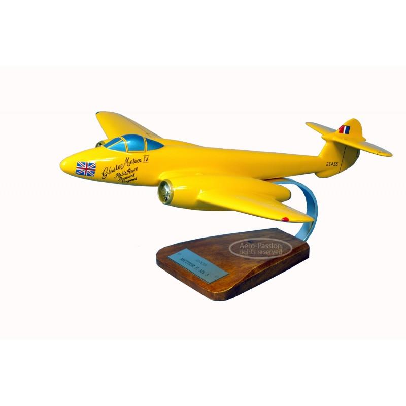 maquette avion - Gloster Meteor MK.3 'Yellow Peril EE455' maquette avion - Gloster Meteor MK.3 'Yellow Peril EE455'maquette avio