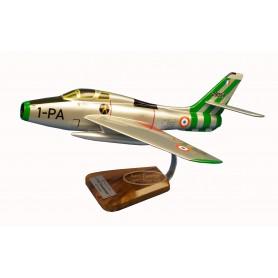 maquette avion - F-84 Thunderstreak maquette avion - F-84 Thunderstreakmaquette avion - F-84 Thunderstreak