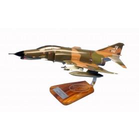 modelo de avião - F-4E Phantom II