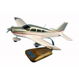 plane model - Piper PA-28 Archer III
