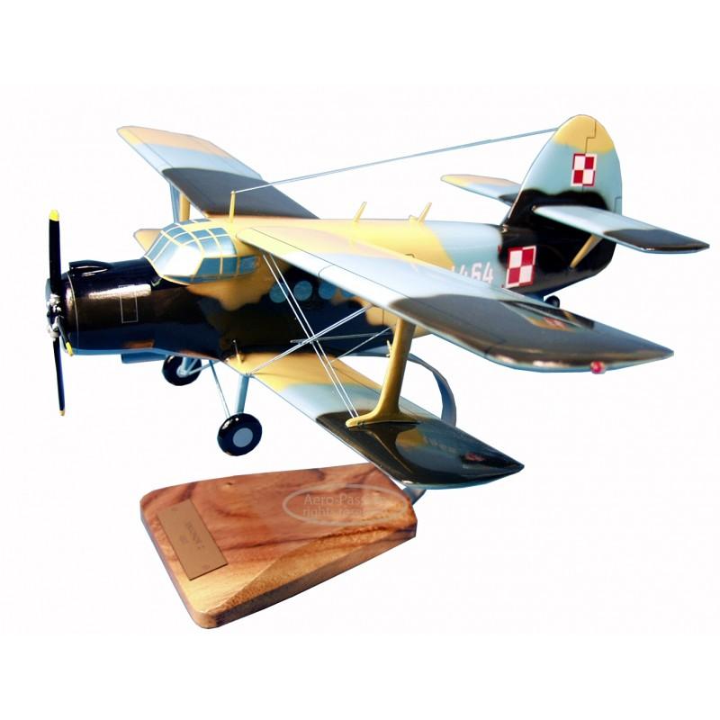 maquette avion - Antonov An.2 colt maquette avion - Antonov An.2 coltmaquette avion - Antonov An.2 colt