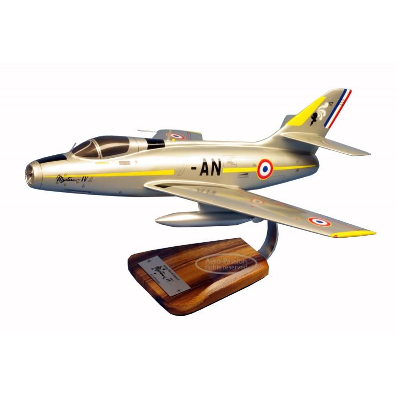 plane model - Mystere IV.A plane model - Mystere IV.Aplane model - Mystere IV.A