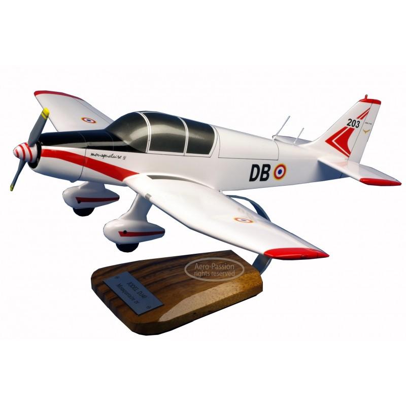 maquette avion - Jodel D.140 Mousquetaire IV maquette avion - Jodel D.140 Mousquetaire IV